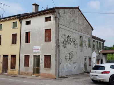Casa Terra-cielo in Vendita a Roncà