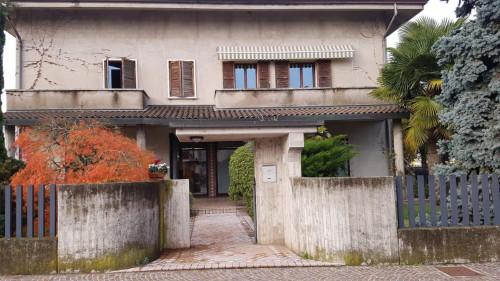 casa singola in Vendita a Ronco all'Adige