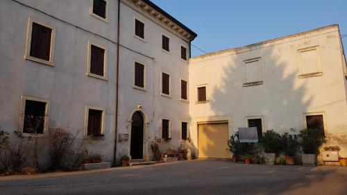 casa indipendente in Vendita a Colognola ai Colli