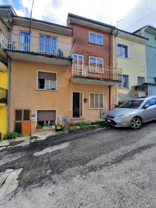 Casa Terra-cielo in Vendita a Monteforte d'Alpone