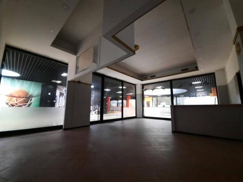 negozio in Vendita a San Bonifacio