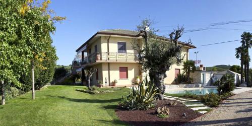 casa indipendente in Vendita a Monteforte d'Alpone