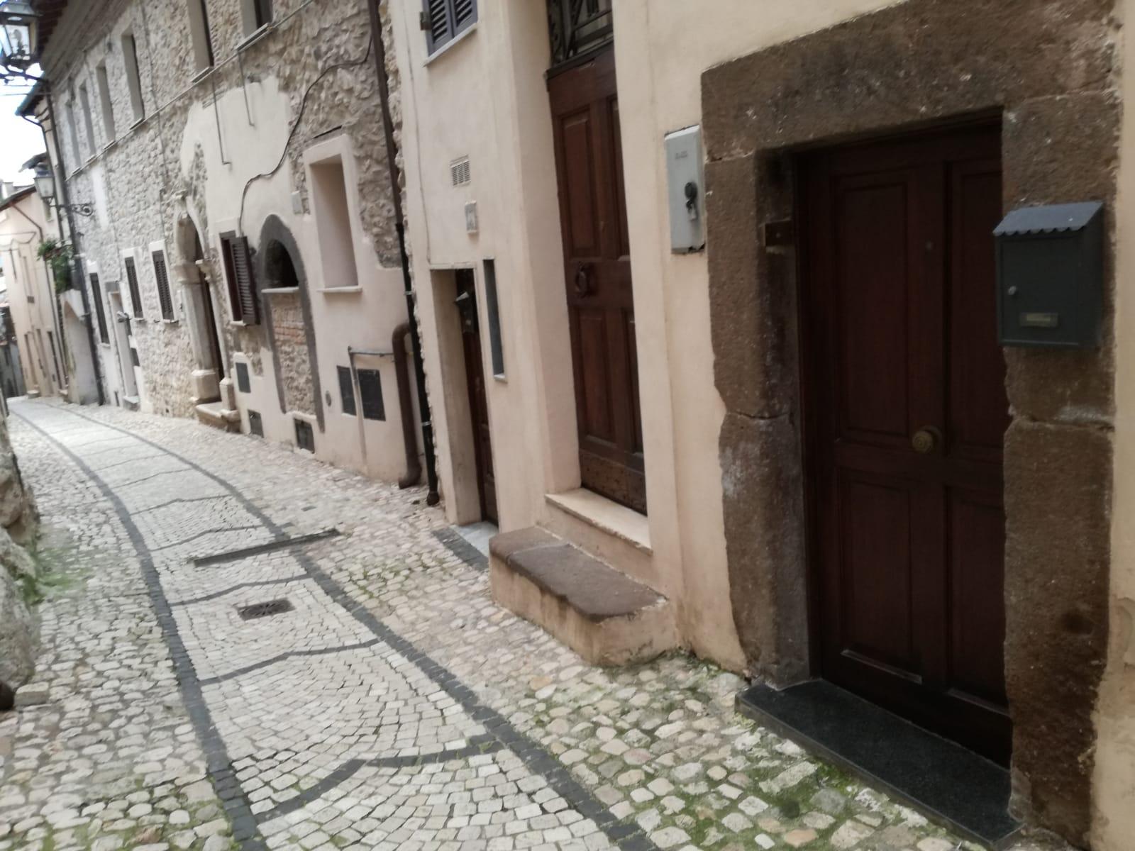 Appartamento in vendita a Gavignano, 2 locali, zona Località: VIAR.MARGHERITA, prezzo € 49.000 | CambioCasa.it