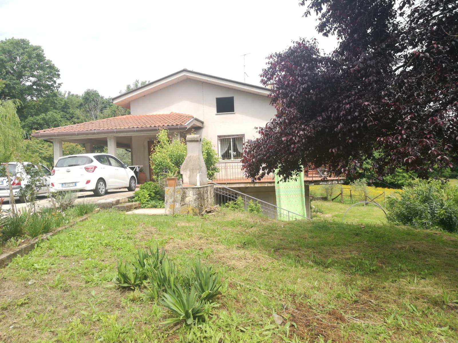 Villa in vendita a Gavignano, 5 locali, zona Località: C/DAVALLERICCIA, prezzo € 240.000 | CambioCasa.it