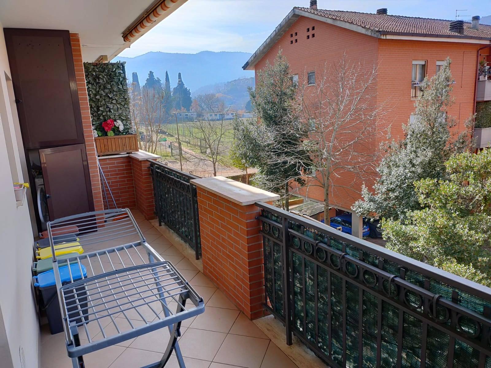 Appartamento in vendita a Montelanico, 3 locali, prezzo € 75.000 | CambioCasa.it