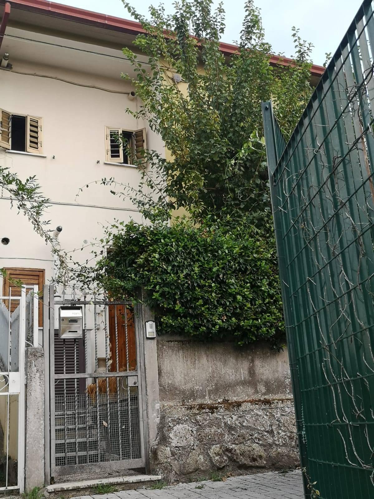Appartamento in vendita a Colleferro, 3 locali, zona Località: VIAPRIVATA, prezzo € 70.000   CambioCasa.it