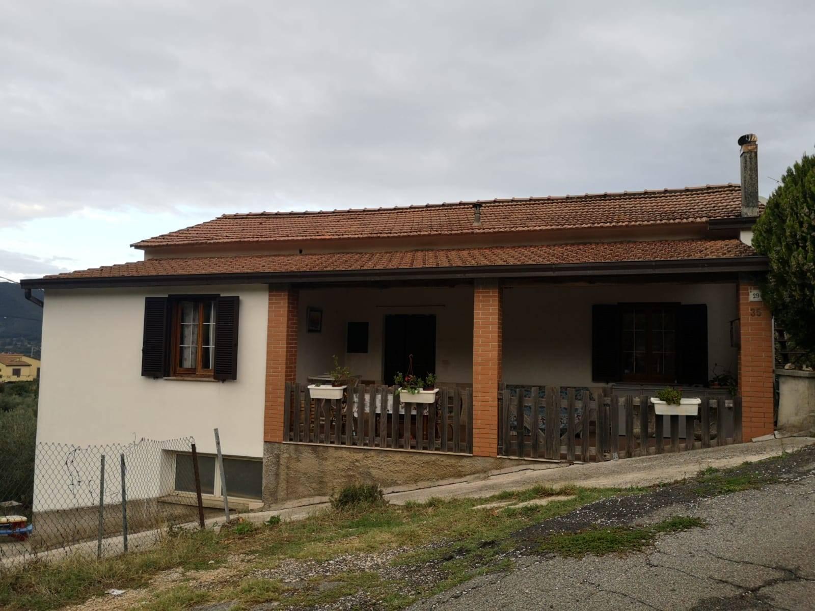 Soluzione Indipendente in vendita a Montelanico, 3 locali, prezzo € 150.000 | CambioCasa.it