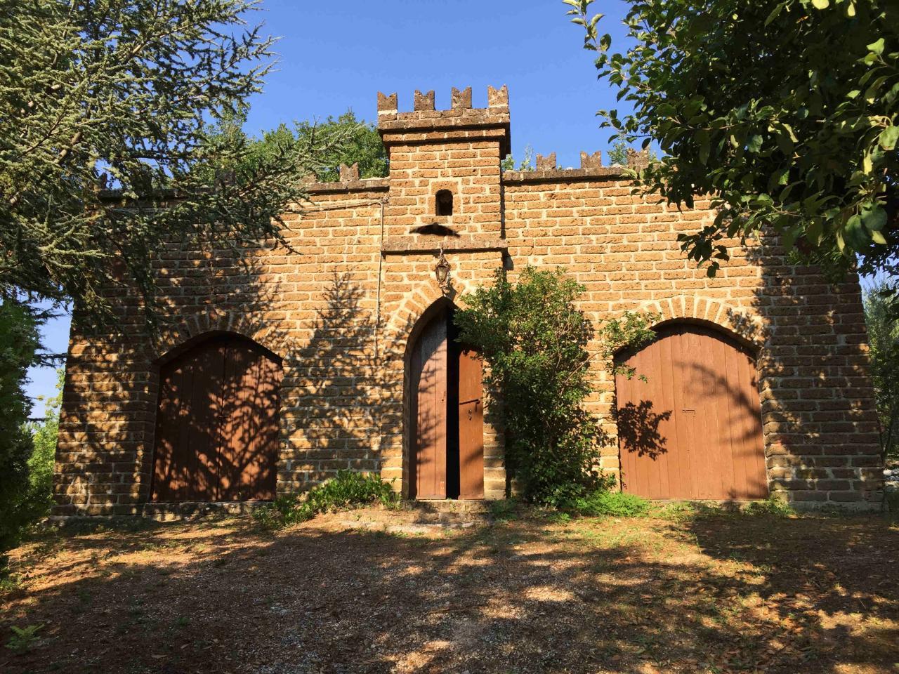 Rustico / Casale in vendita a Fabriano, 3 locali, zona Località: FRAZIONI, prezzo € 65.000 | Cambio Casa.it