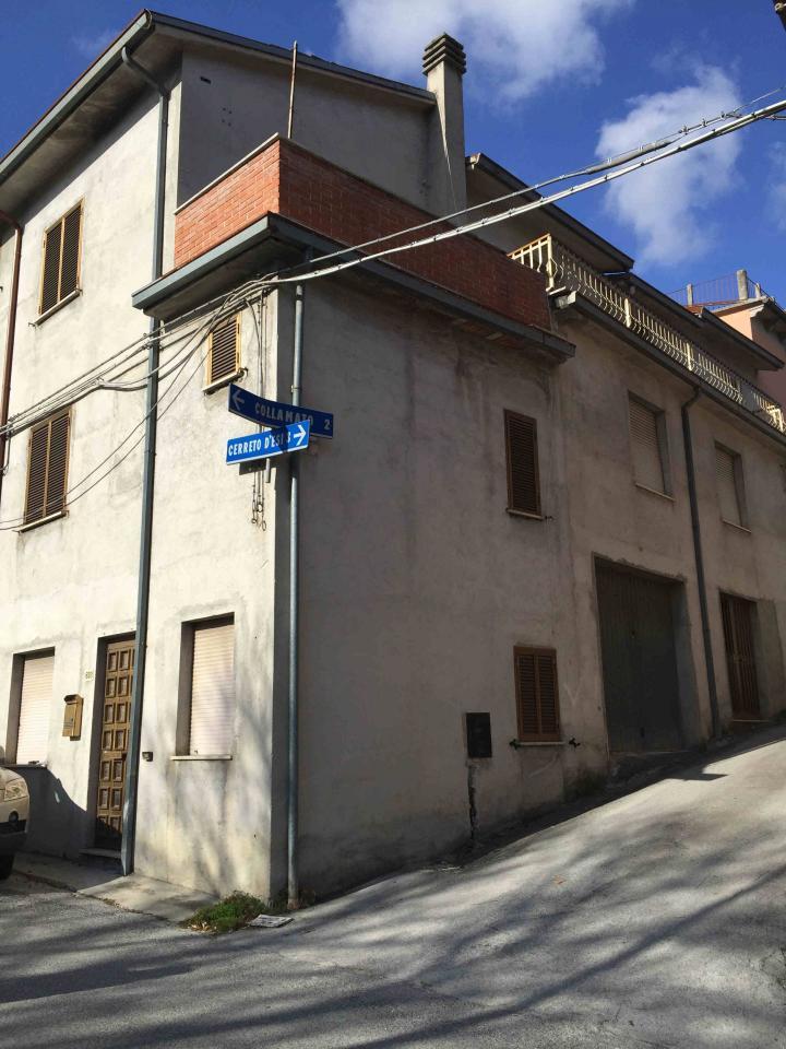 Soluzione Indipendente in vendita a Fabriano, 3 locali, zona Località: FRAZIONI, prezzo € 45.000 | Cambio Casa.it