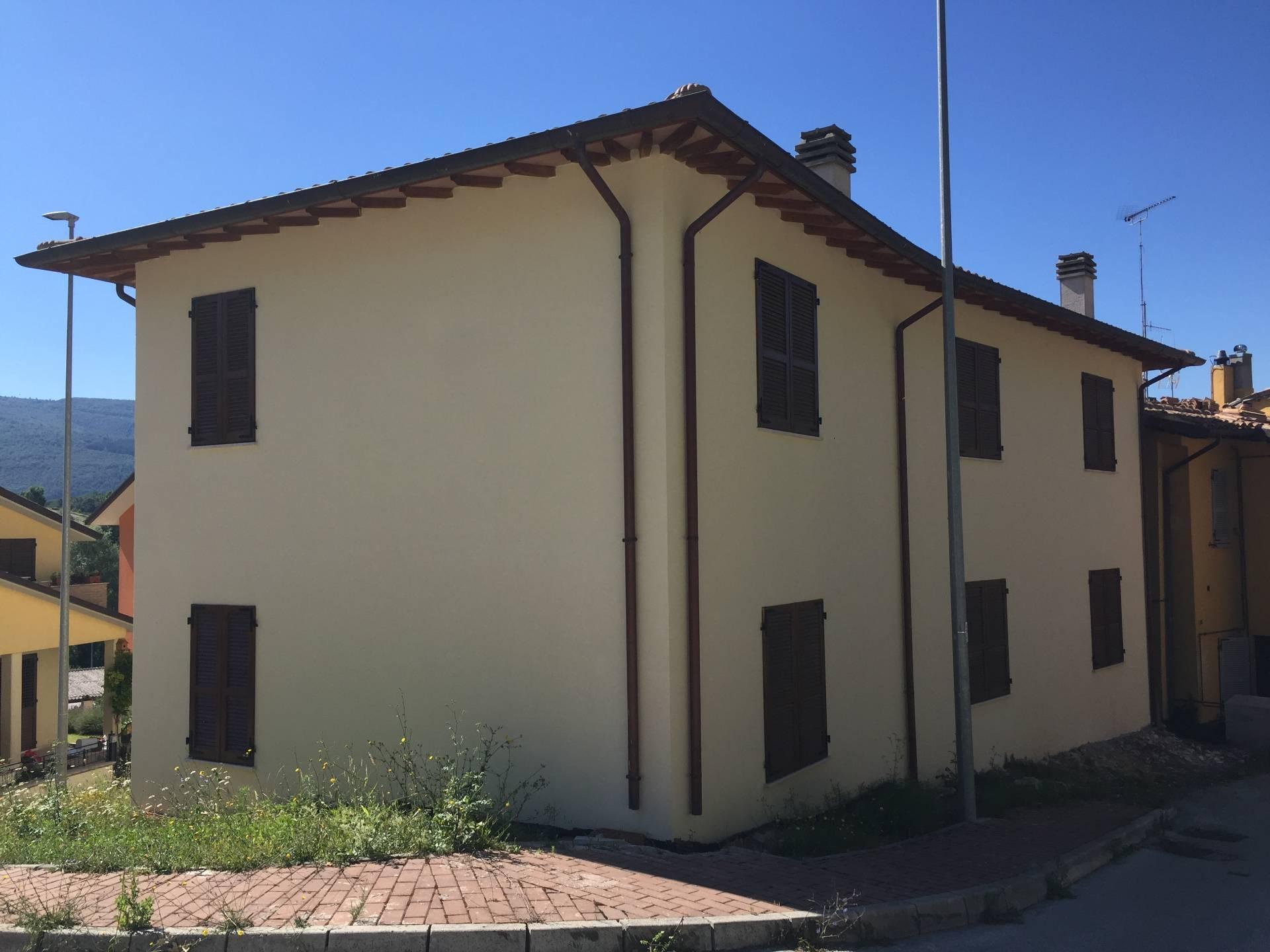 Appartamento in vendita a Nocera Umbra, 3 locali, prezzo € 50.000 | CambioCasa.it