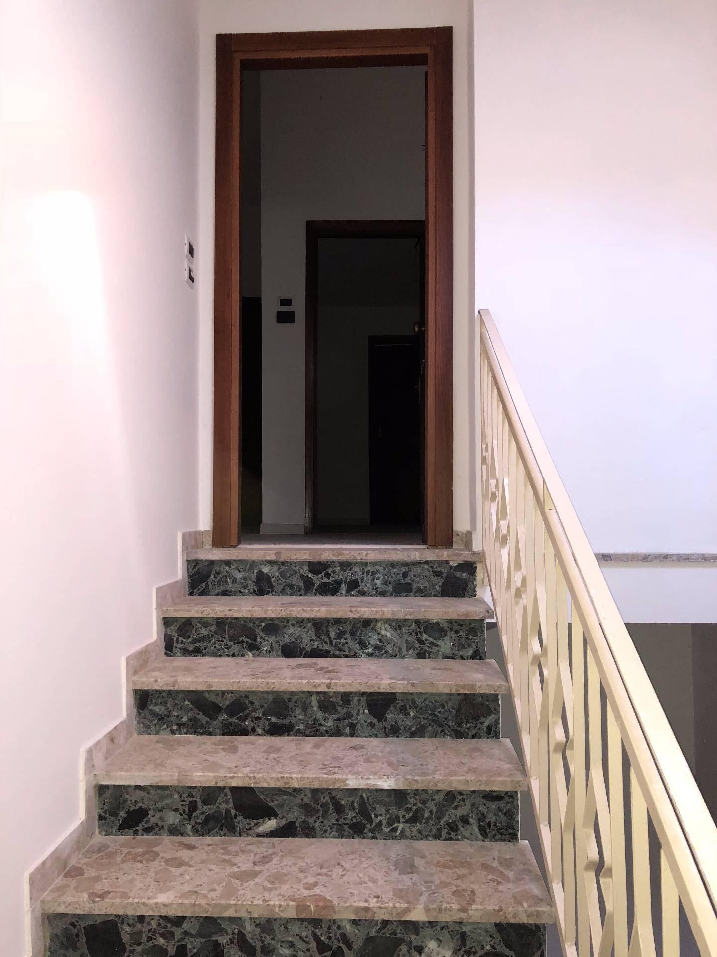 Appartamento in vendita a Nocera Umbra, 4 locali, prezzo € 80.000 | CambioCasa.it
