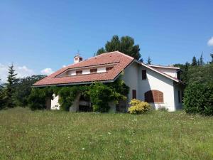 Villa in Vendita a Fabriano