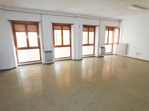 Appartamento/Ufficio in Vendita a Fabriano