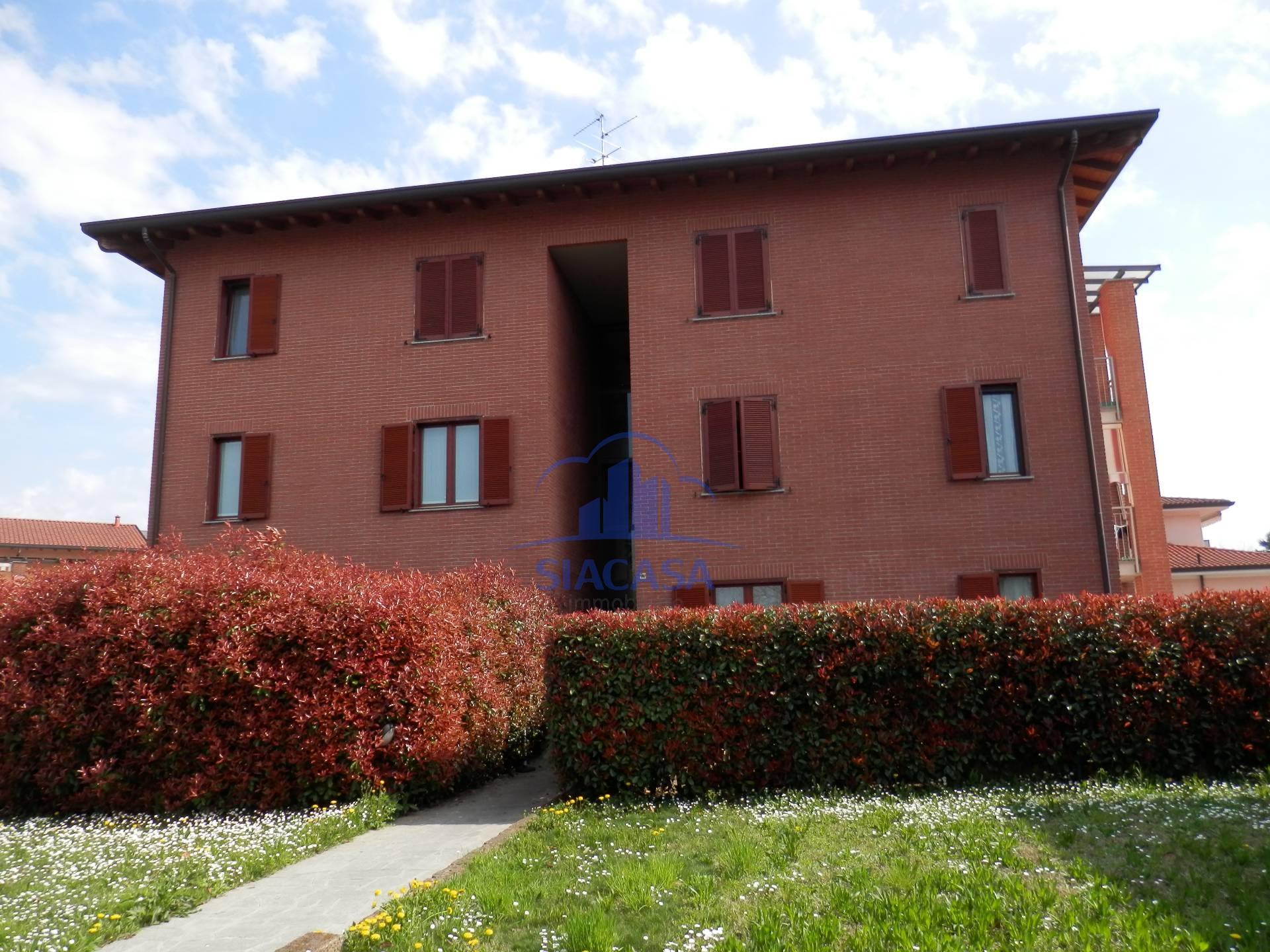 Bilocale Busnago Via Santa Chiara 1