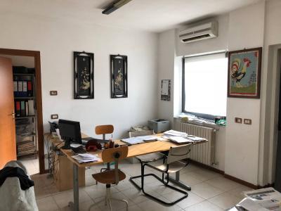 Capannoni in Vendita a Paderno d'Adda
