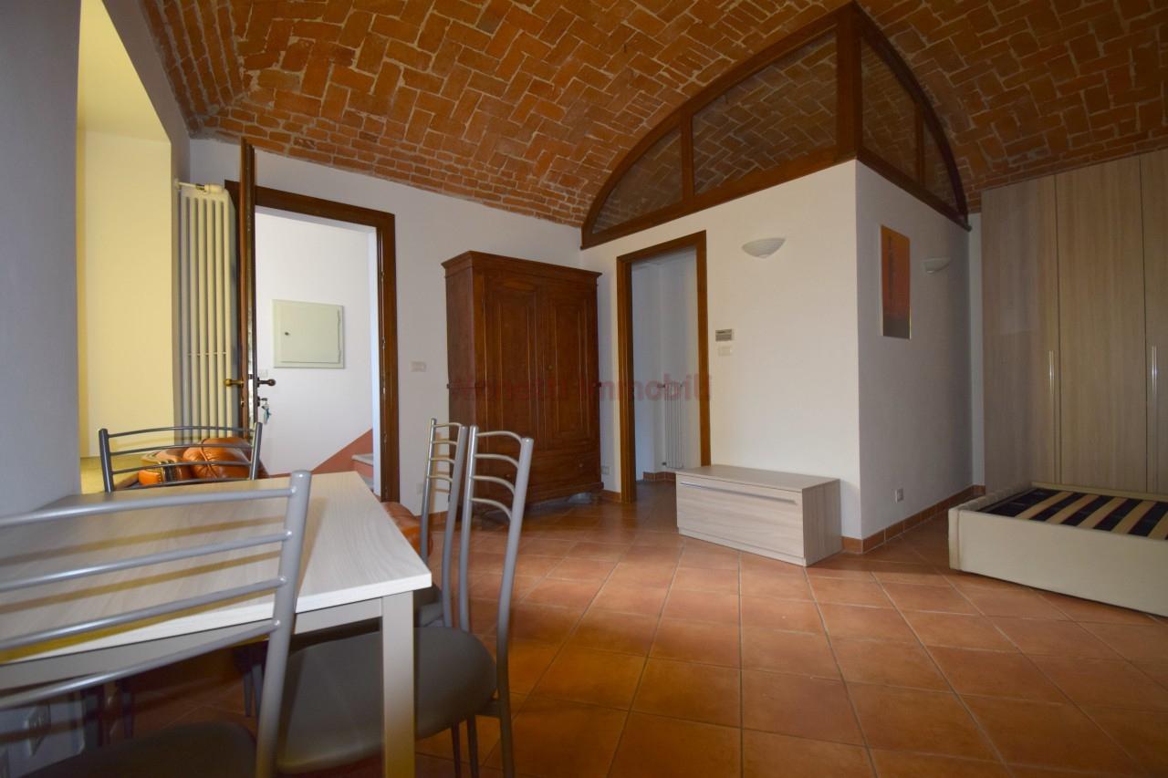 Appartamento in affitto a Pinerolo, 1 locali, prezzo € 320 | PortaleAgenzieImmobiliari.it