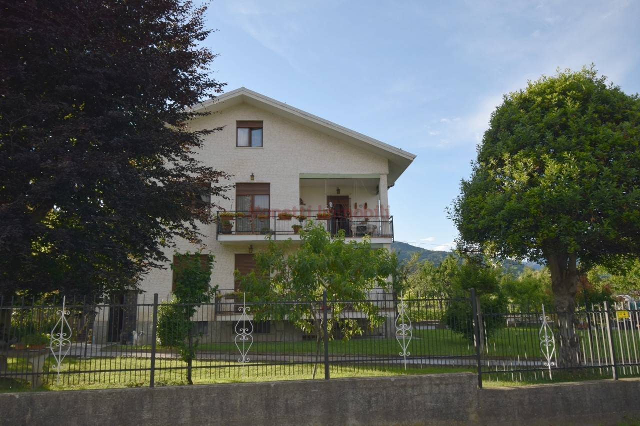 Villa in vendita a San Secondo di Pinerolo, 10 locali, prezzo € 290.000 | PortaleAgenzieImmobiliari.it
