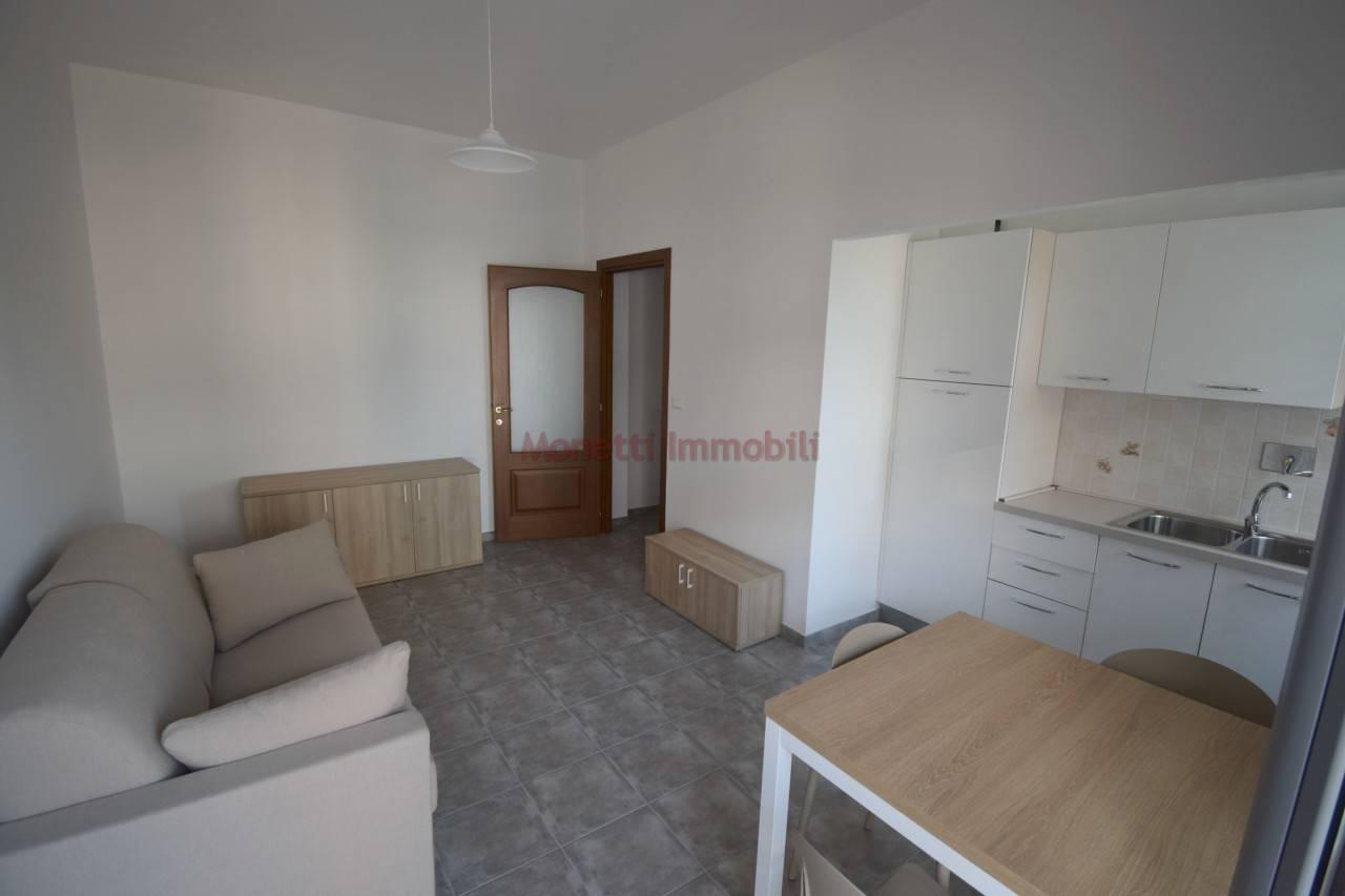 Appartamento in affitto a Pinerolo, 2 locali, prezzo € 400 | PortaleAgenzieImmobiliari.it