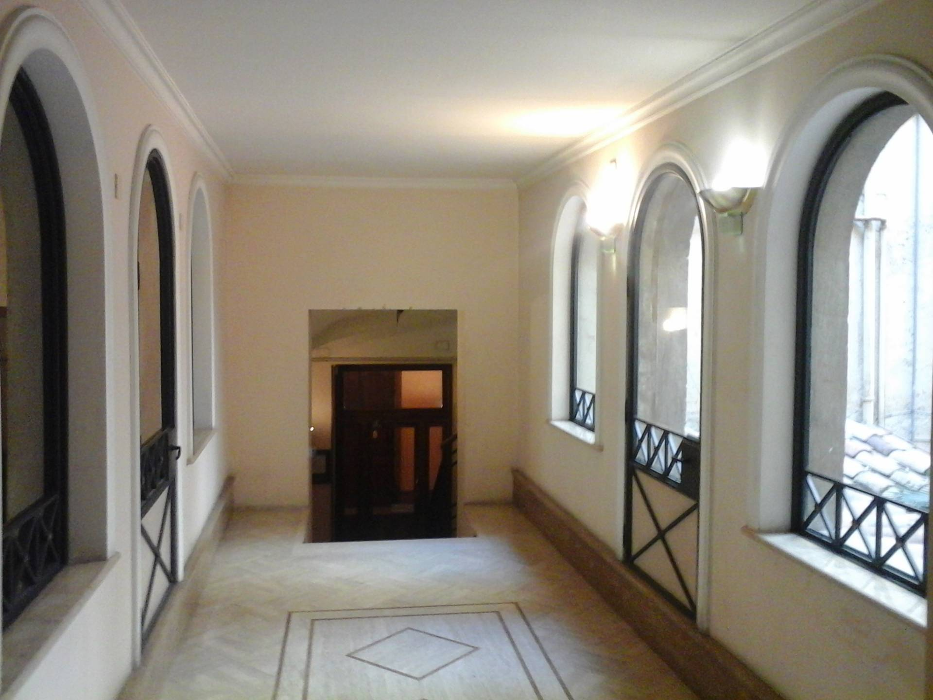 Studio ufficio in affitto a roma cod 001 1370 for Studio affitto roma