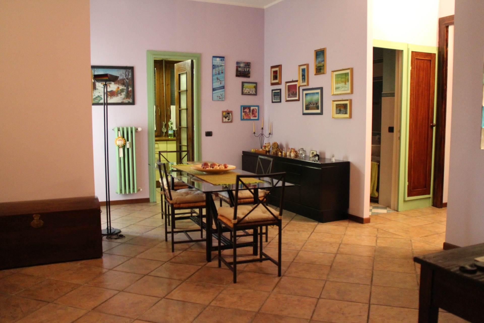 Appartamento, 89 Mq, Vendita - Novara (Novara)