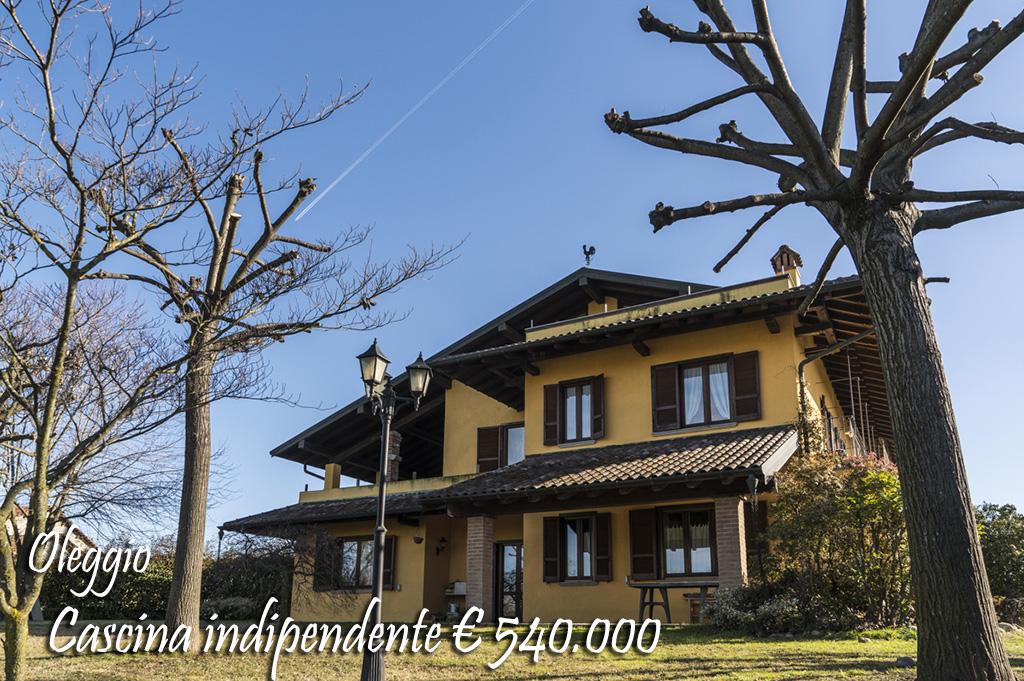 Rustico / Casale in vendita a Oleggio, 7 locali, prezzo € 540.000   Cambio Casa.it