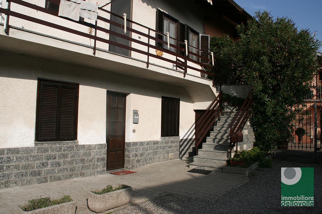 Appartamento in vendita a Marano Ticino, 3 locali, prezzo € 75.000 | Cambio Casa.it