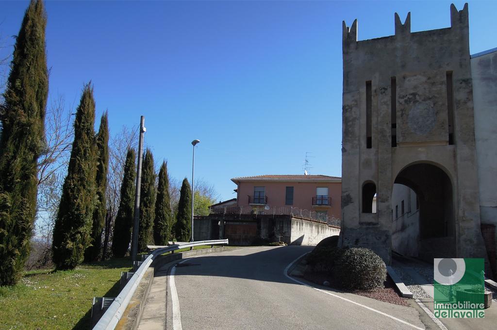 Villa in vendita a Marano Ticino, 5 locali, prezzo € 130.000 | Cambio Casa.it
