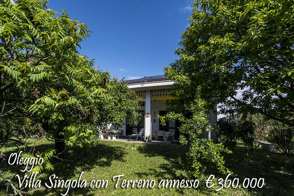 Villa in vendita a Oleggio, 5 locali, zona Località: vicinanzecentro, prezzo € 360.000 | Cambio Casa.it