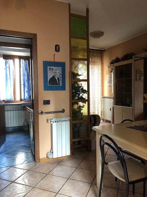 Appartamento in vendita a Varallo Pombia, 2 locali, prezzo € 55.000 | CambioCasa.it