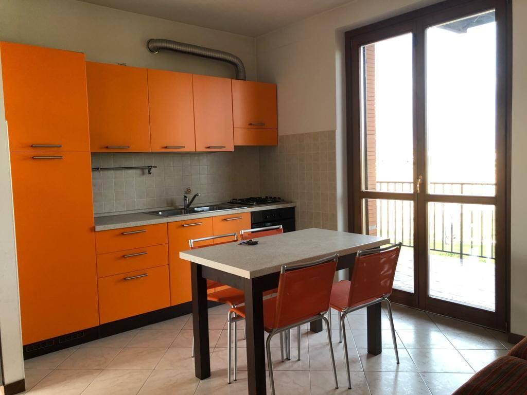 Appartamento in vendita a Bellinzago Novarese, 2 locali, prezzo € 88.000 | CambioCasa.it
