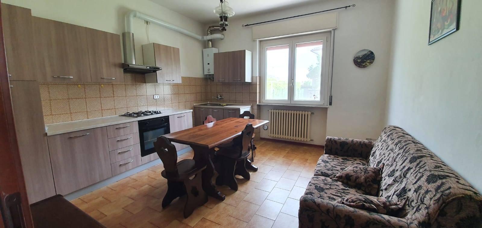 Appartamento in affitto a Oleggio, 3 locali, prezzo € 450   CambioCasa.it
