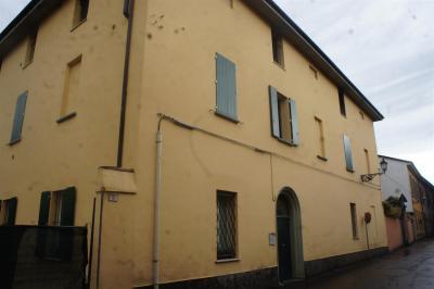 Appartamento in Affitto a Castel San Pietro Terme