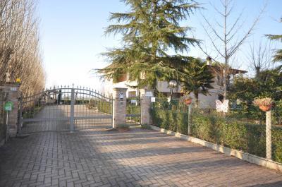 Villa Unifamiliare in Vendita a Castel Guelfo di Bologna