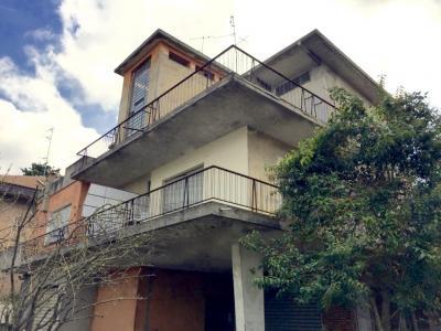 Appartamento in Vendita a Casalecchio di Reno