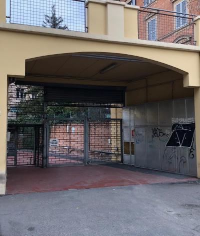 Posto Auto in Vendita a Bologna
