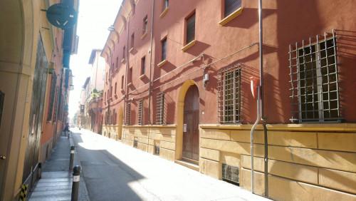 Studio/Ufficio in Affitto a Bologna