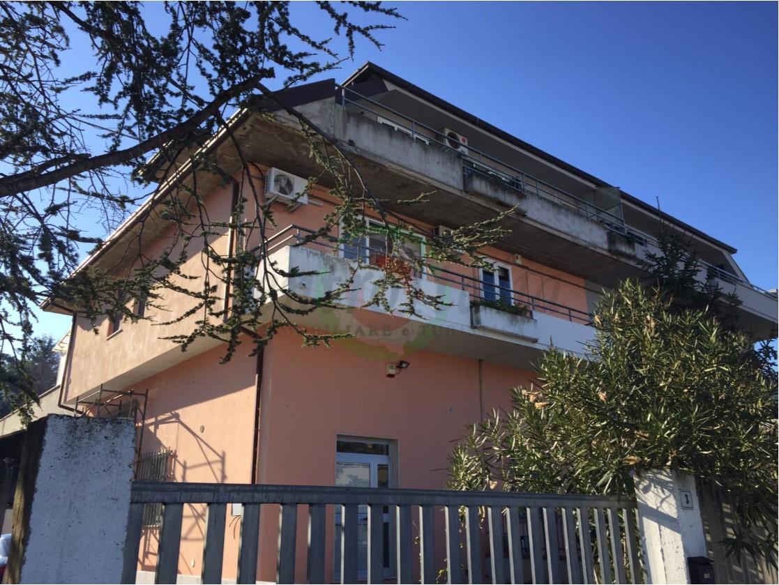 Appartamento in vendita a Acquaviva Picena, 3 locali, zona Località: S.Angelozonaindustriale, prezzo € 180.000   PortaleAgenzieImmobiliari.it