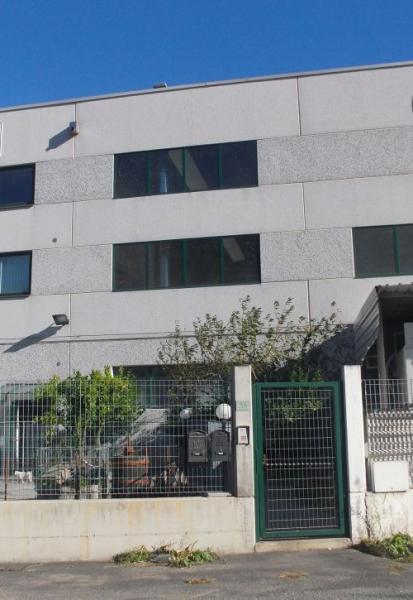 Capannone in vendita a Vado Ligure, 9999 locali, prezzo € 560.000 | PortaleAgenzieImmobiliari.it