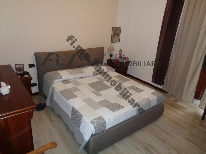 Appartamento in vendita a Savona, 4 locali, zona Zona: Fornaci, Trattative riservate   CambioCasa.it