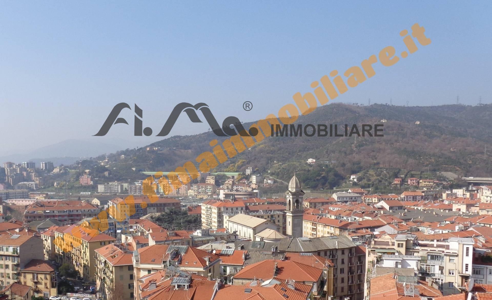 Appartamento in vendita a Savona, 5 locali, zona Zona: Villapiana, Trattative riservate   CambioCasa.it