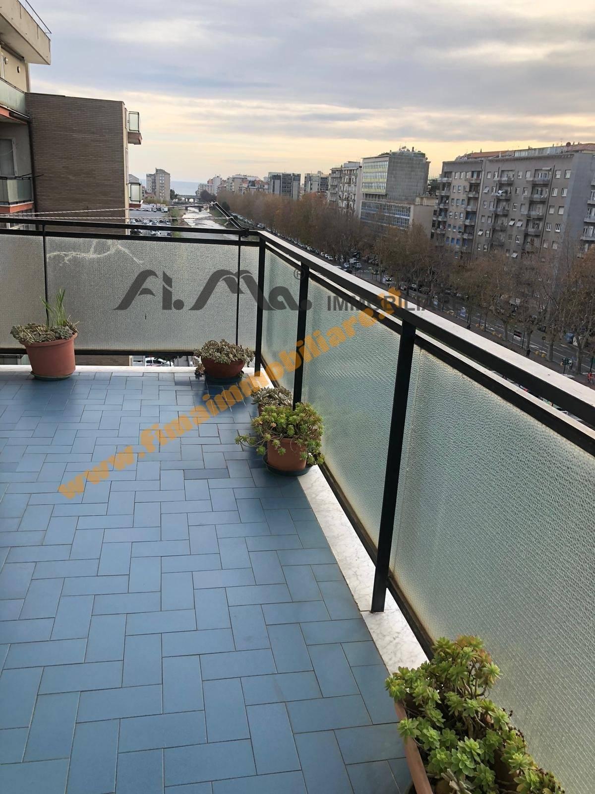 Appartamento in vendita a Savona, 4 locali, zona ro, prezzo € 225.000 | PortaleAgenzieImmobiliari.it