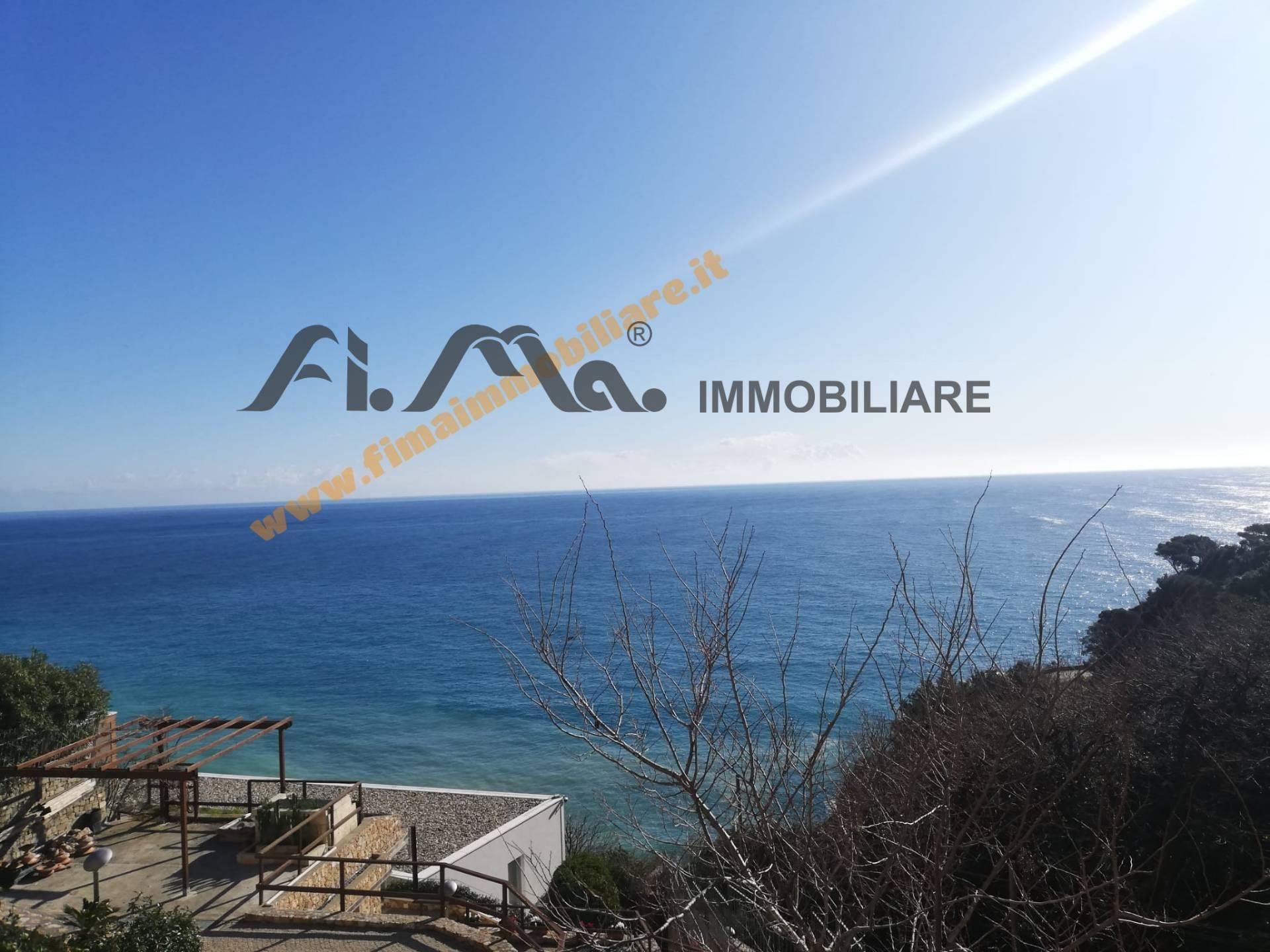 Appartamento in vendita a Savona, 4 locali, prezzo € 265.000   PortaleAgenzieImmobiliari.it