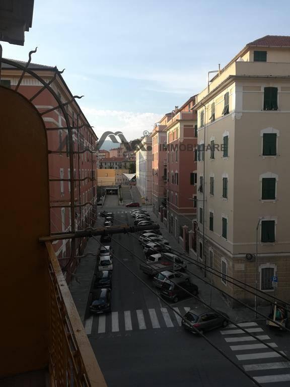 Appartamento in affitto a Savona, 3 locali, prezzo € 450 | PortaleAgenzieImmobiliari.it