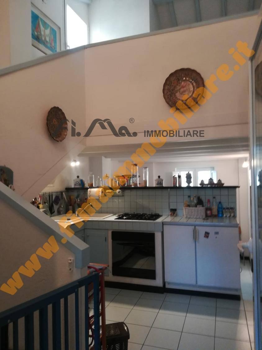 Appartamento in affitto a Savona, 2 locali, prezzo € 500   CambioCasa.it