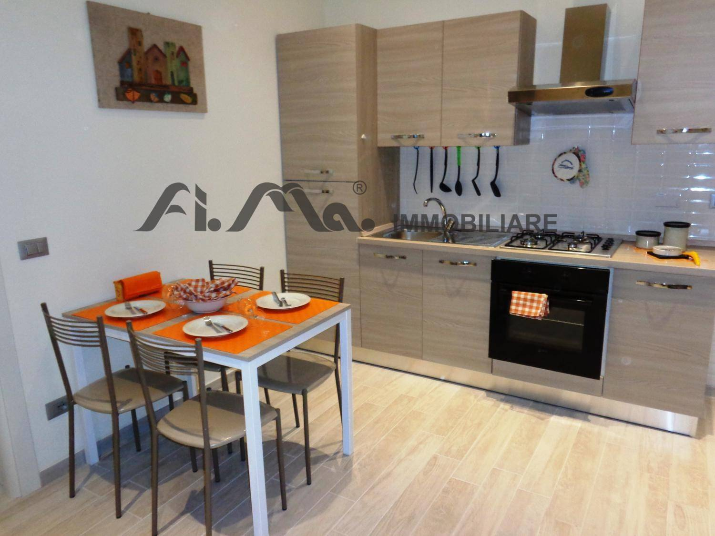 Appartamento in affitto a Savona, 2 locali, zona Zona: Centro, prezzo € 550   CambioCasa.it