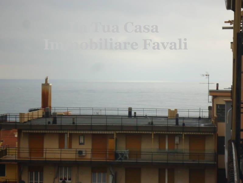 Appartamento in vendita a Loano, 2 locali, prezzo € 275.000 | CambioCasa.it
