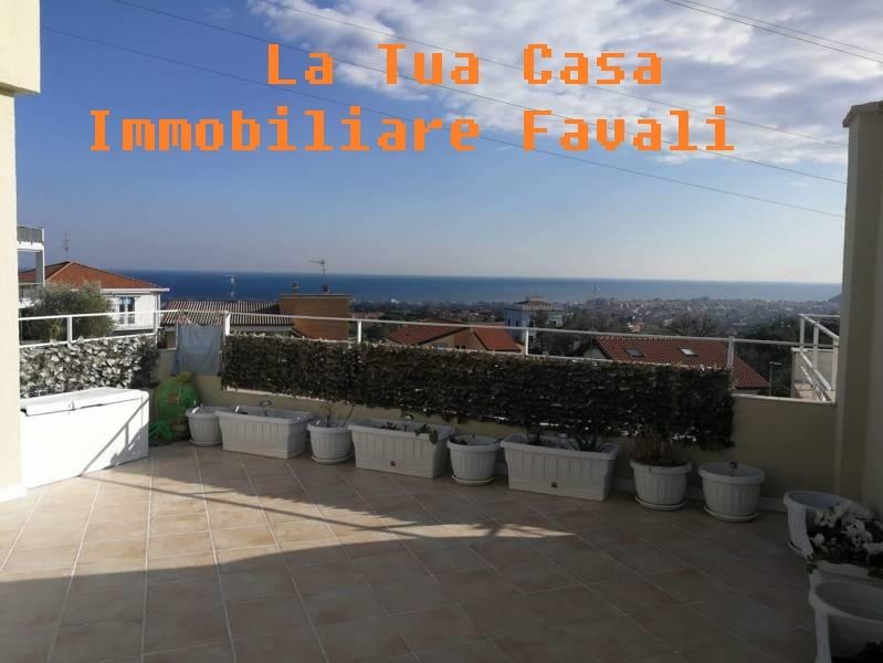 Appartamento in vendita a Loano, 4 locali, zona Località: RESIDENZIALE, prezzo € 339.000 | PortaleAgenzieImmobiliari.it