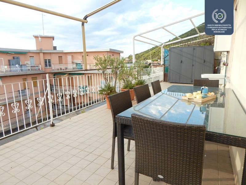 Appartamento in vendita a Borghetto Santo Spirito, 2 locali, zona Località: ADIACENTEMARE, prezzo € 225.000 | CambioCasa.it