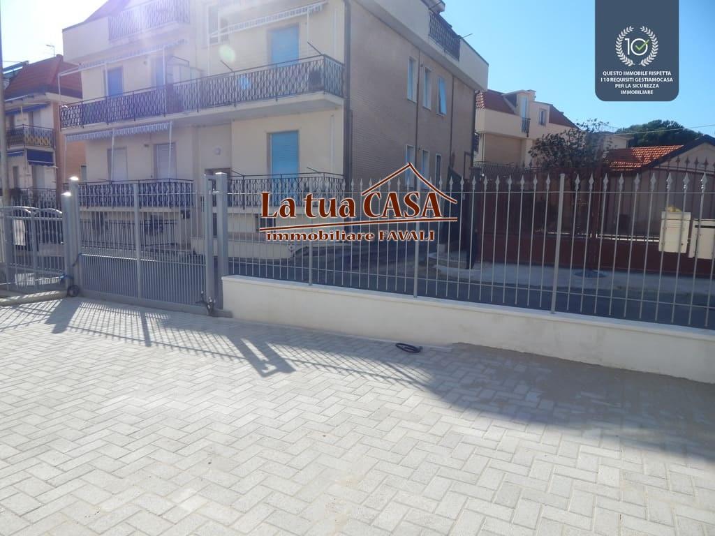 Appartamento in vendita a Loano, 3 locali, zona Località: RESIDENZIALE, prezzo € 165.000 | PortaleAgenzieImmobiliari.it