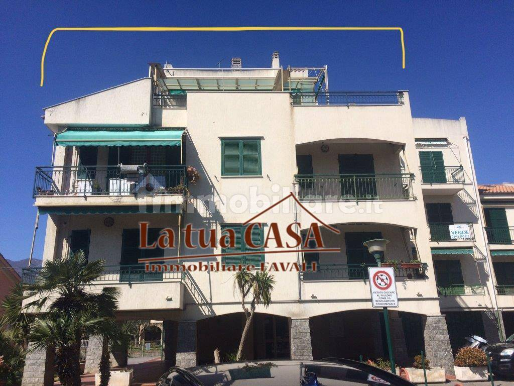 Appartamento in vendita a Pietra Ligure, 5 locali, zona Località: RESIDENZIALE, prezzo € 399.000   PortaleAgenzieImmobiliari.it